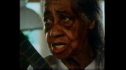 "Elizabeth Cotten sings ""Georgie Buck"" and ""Freight Train"" (1985)"